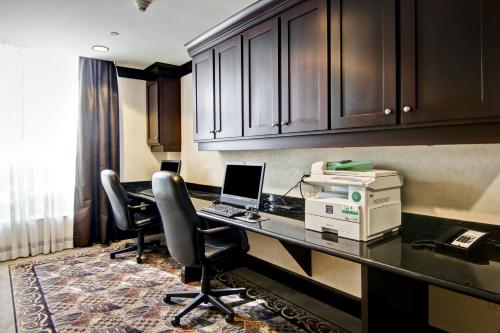 Homewood Suites by Hilton Toronto Airport Corporate Centre photo 31