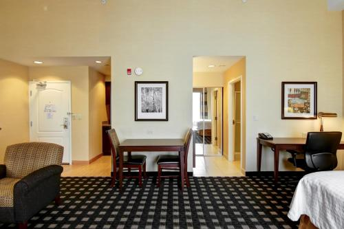 Homewood Suites by Hilton Toronto Airport Corporate Centre photo 35