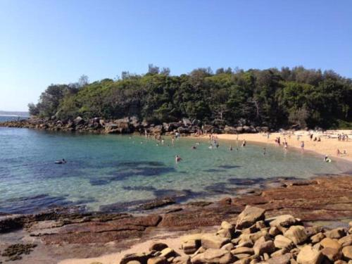 Breezy Couple's Retreat in the heart of Manly
