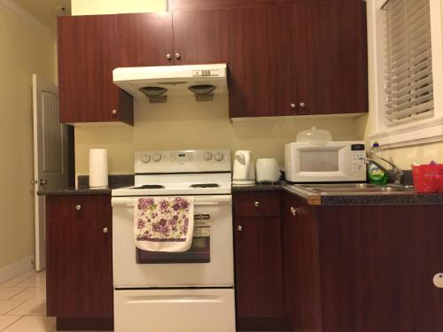 Two Bedroom Suite with Kitchen Photo