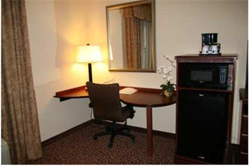 Hampton Inn & Suites Oklahoma City - South Photo