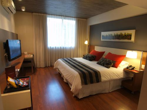 Amérian Tucuman Apart & Suites Photo