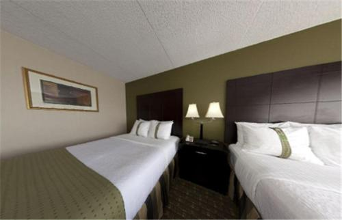 Photo of Holiday Inn Totowa Wayne