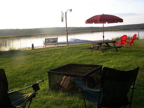 The River's Edge w/OUTDOOR HOT TUB! Photo