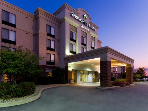 SpringHill Suites Indianapolis Carmel Photo