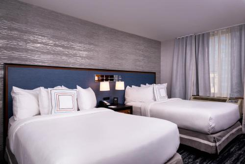 Fairfield Inn & Suites By Marriott New York Manhattan/Times Square photo 9