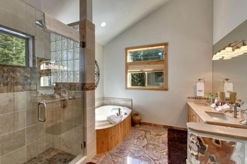 1841 Osage Four-Bedroom Home - South Lake Tahoe, CA 96150