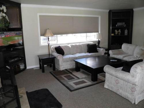 2167 Venice Four-Bedroom House - Lake Tahoe, CA 96150