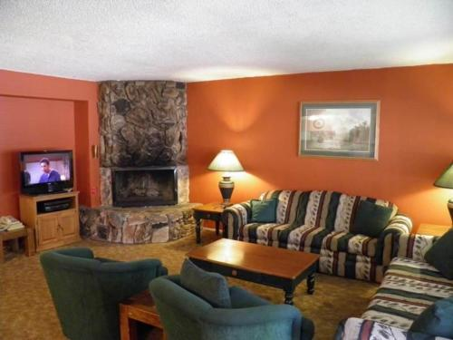 1149 Herbert Three-Bedroom Condo #B