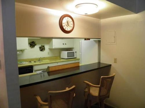 1149 Herbert Three-Bedroom Condo #B - South Lake Tahoe, CA 96150