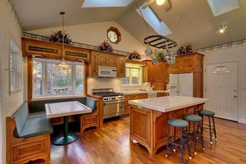 2478 Cold Creek Victorian Six-Bedroom Estate Home - South Lake Tahoe, CA 96150