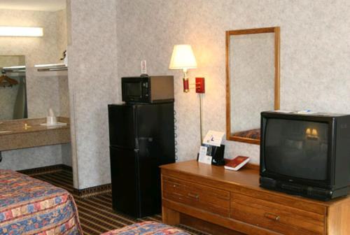 Days Inn Nashville North Photo