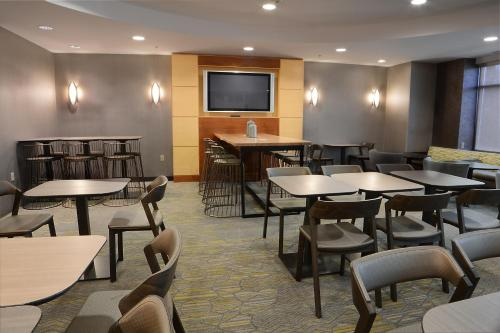 SpringHill Suites Dulles Airport Photo