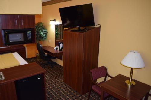 Microtel Inn & Suites by Wyndham Rock Hill/Charlotte Area Photo