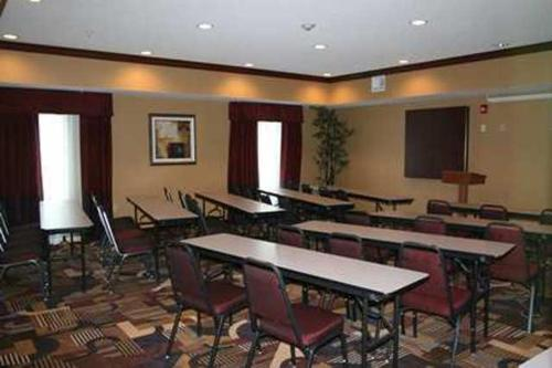 Hampton Inn Indiana Photo