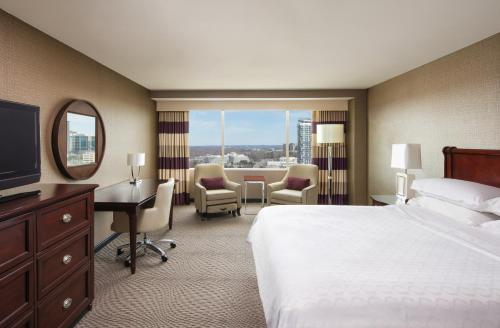 Sheraton Tysons Hotel Photo