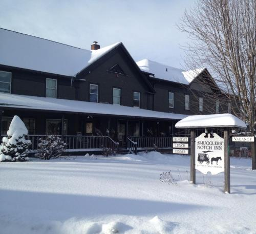 Smugglers Notch Inn Photo