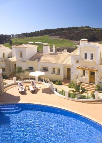 holidays algarve vacations Budens  Quinta da Encosta Velha – Santo António, Villas, Golf & Spa