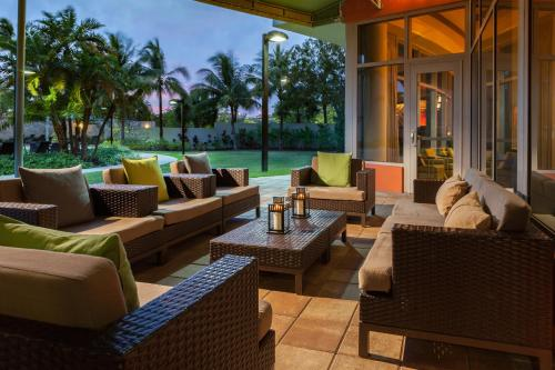 Courtyard by Marriott Miami Airport Photo