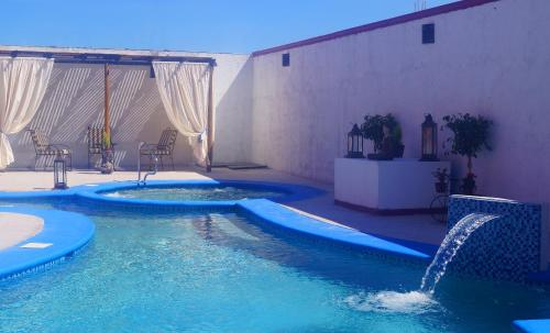 Hotel La Posada & Beach Club Photo