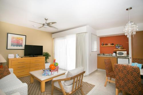 Marival Resort and Suites All Inclusive Photo