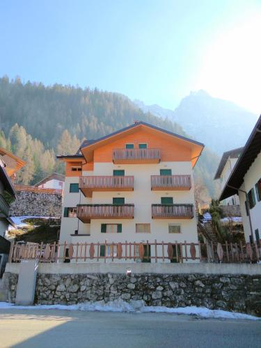 Hotel Stay Dolomites Apartments