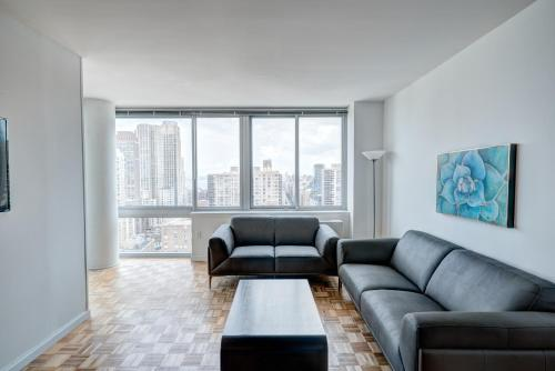Lincoln Center Luxury Apartments Photo