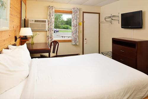 Cruise Inn RV Park & Hotel Photo