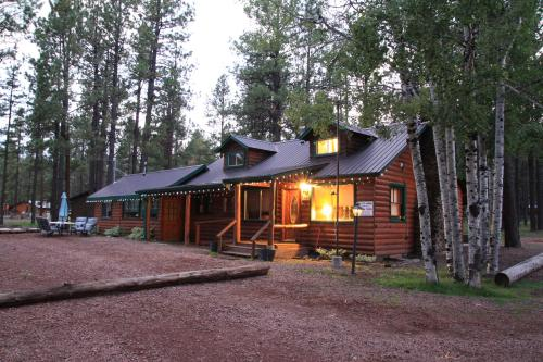 Big 10 Cabins Greer Arizona