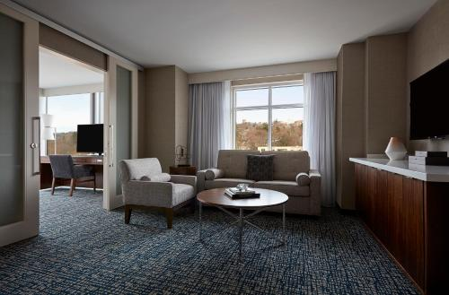 Ithaca Marriott Downtown on the Commons Photo