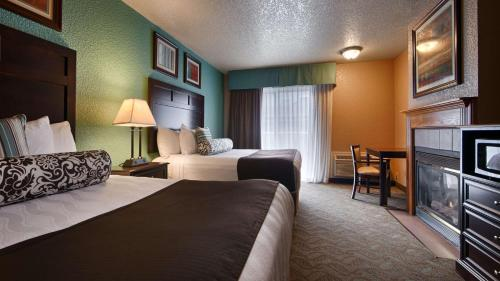 Best Western Plus Bayshore Inn Photo