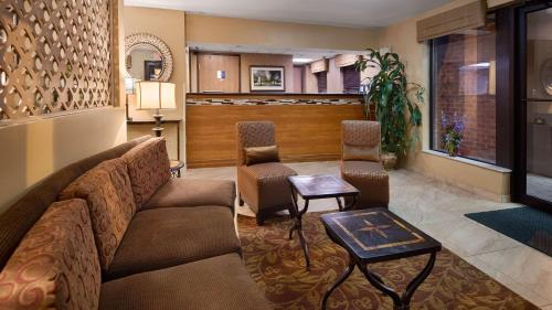 Best Western Princeton Manor Inn & Suites Photo