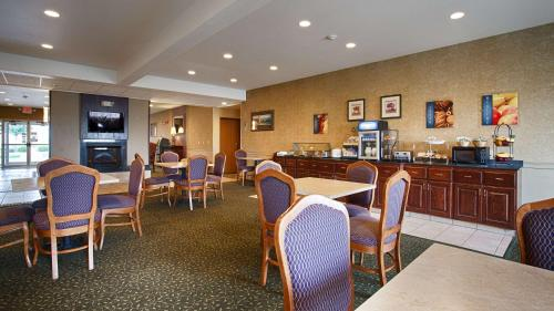 Best Western Penn-Ohio Inn & Suites Photo