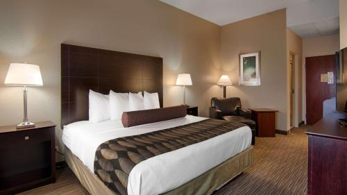 Best Western Plus O'Hare International South Hotel - Franklin Park, IL 60131
