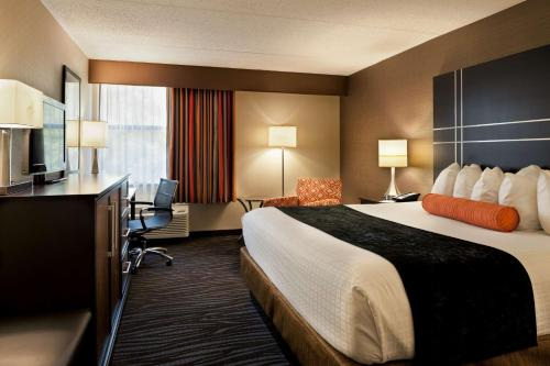 Best Western Plus BWI Airport Hotel - Arundel Mills Photo