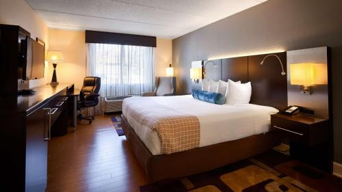Best Western Plus Roswell/Alpharetta Photo