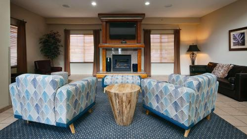 Best Western Plus Peppertree Inn At Omak - Omak, WA 98841