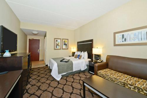 Best Western Plus Travel Hotel Toronto Airport photo 46