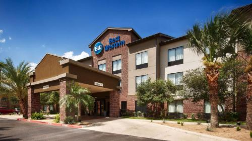 Best Western Town Center Inn Photo