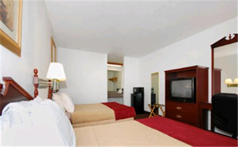 Best Western Johnson City Inn Photo