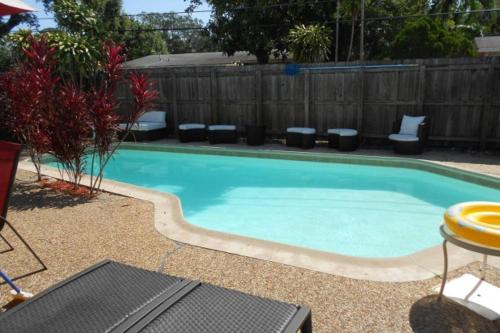 HotelDowntown Furnished Pool Home