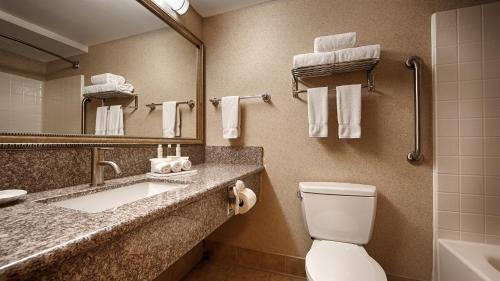 Best Western Plus North Las Vegas Inn & Suites Photo