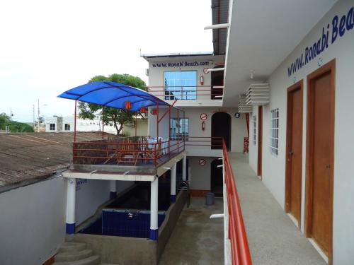 Ronabi Beach Hotel Photo