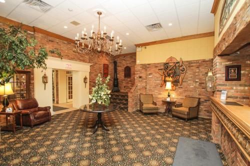 Best Western Parkway Inn & Conference Centre Photo