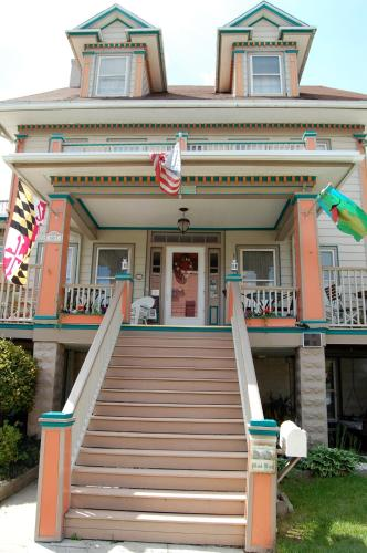 Atlantic House Bed & Breakfast Photo