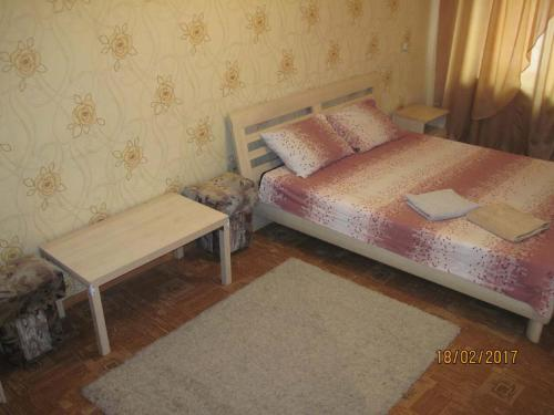 Hotel Apartment on Soborniy 154a
