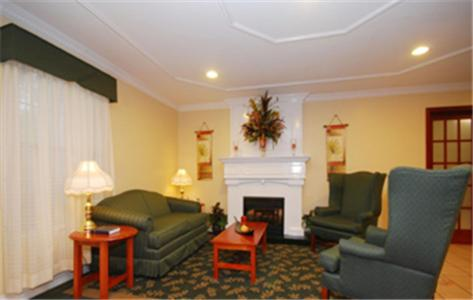 Best Western Pineywoods Inn Photo