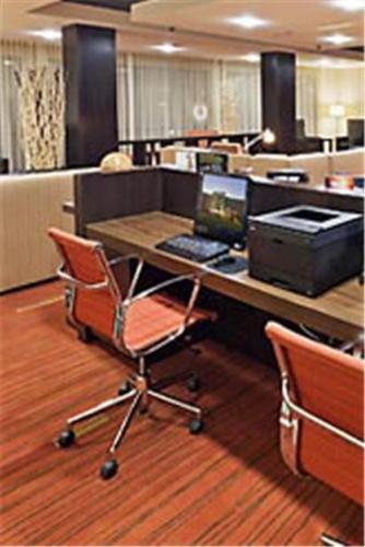 Courtyard by Marriott Tulsa Woodland Hills Photo