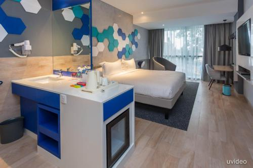 ibis Styles Batam Nagoya photo 10