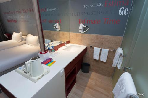 ibis Styles Batam Nagoya photo 12